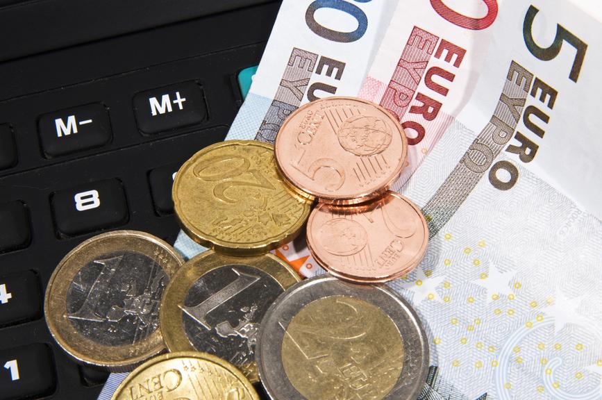 Geld - Scheine und Münzen