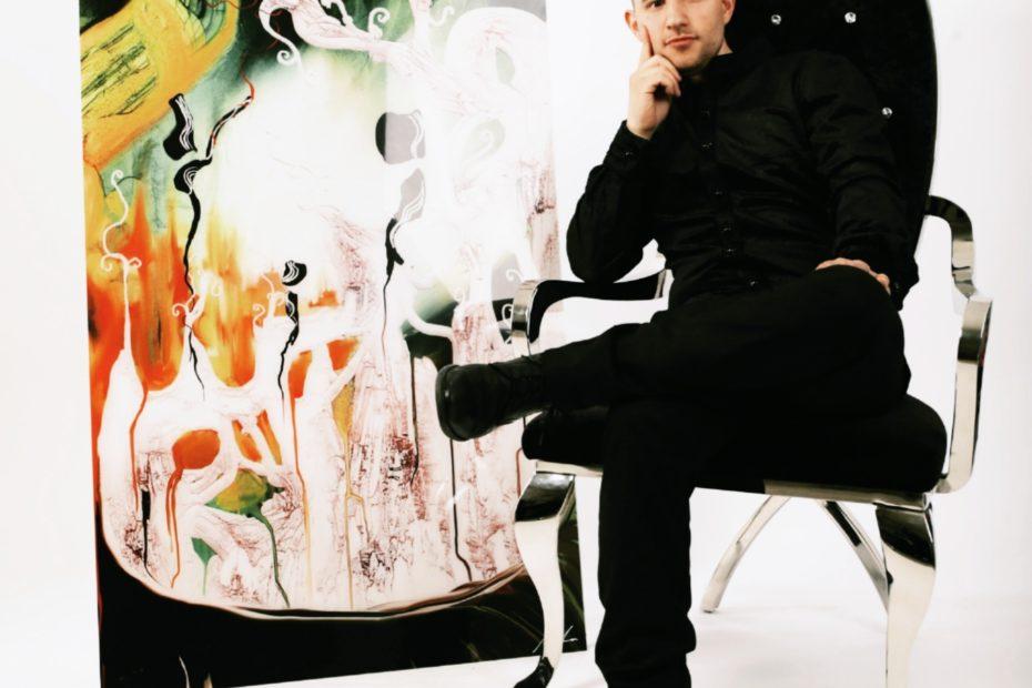 Rocco Indovina mit einem seiner Werke